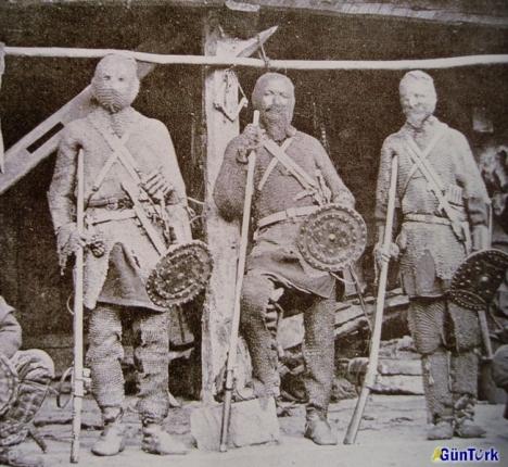 Rare photograph of Turcoman Basmaçı fighters